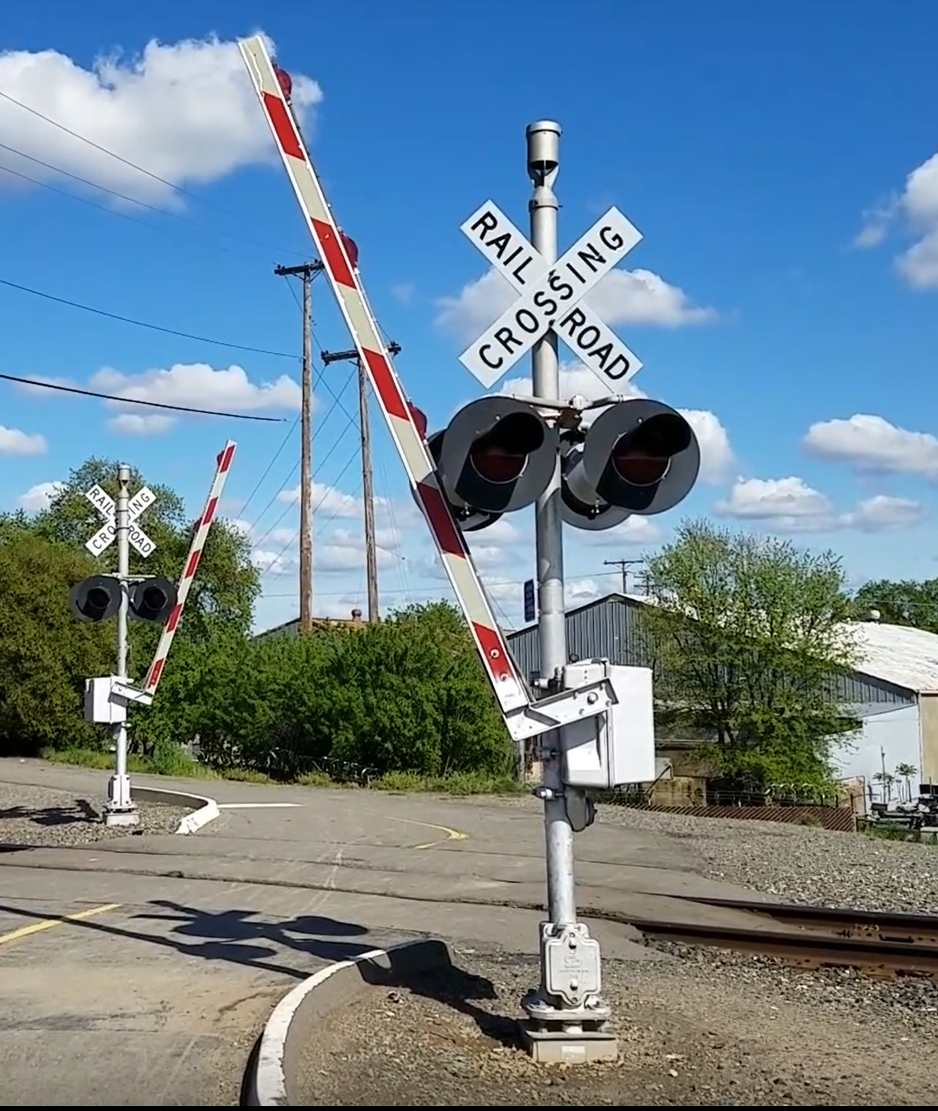 Solar Powered Railroad Crossing Signal
