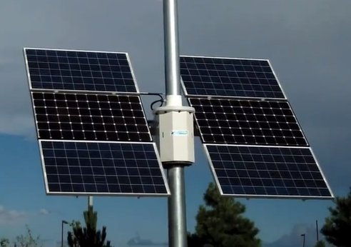 Skystream Hybrid 6 wind-solar system